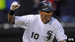 El cubano Alexei Ramírez es torpedero en los Medias Blancas de Chicago.