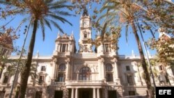 Fachada del Ayuntamiento de Valencia.