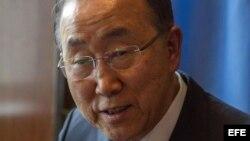 Ban Ki-moon, secretario general de la ONU, durante la entrevista que ha ofrecido a EFE en su despacho de Naciones Unidas.