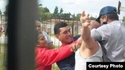 Arresto de opositores en Sagua La Grande.