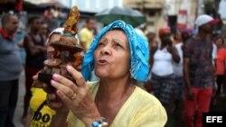 Una peregrinación con la imagen de la Virgen de la Caridad del Cobre, patrona de Cuba.