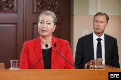 Kaci Kullman Five, directora del Comité del Nobel de la Paz, anuncia el otorgamiento del galardón al Cuarteto para el Diálogo Nacional Tunecino.