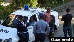 Arrestos y vigilancia en Cuba contra los opositores.