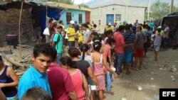 Colombianos marchan por la dignidad y la hermandad con Veenzuela