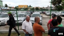Venta de autos nuevos y usados en La Habana.