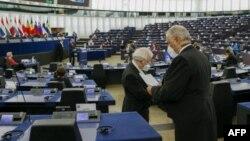 Una sesión plenaria del Parlamento Europeo en Estrasburgo. (Foto de JULIEN WARNAND / POOL / AFP