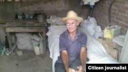Reporta Cuba. Anciano desamparado en Contramaestre. Foto: Yoandris Verane.