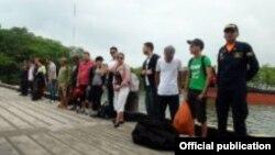 Guardacostas colombianos encontraron a 41 migrantes ilegales, incluidos 24 cubanos, en el Golfo de Urabá.