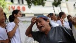 Enfermeras venezolanas protestan por bajos salarios