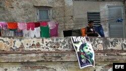 Cubanos viven este lunes el tercero de los nueve días de luto oficial decretados por el Gobierno por la muerte de Fidel Castro.
