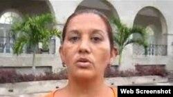 Seguridad del Estado detiene a Dama de Blanco al regresar de España