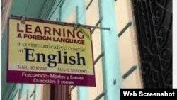 Publicidad anuncia clases privadas de idiomas.