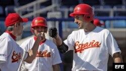 Foto de Archivo. La selección española de béisbol durante el Campeonato del Mundo de béisbol en Haarlem, Holanda, en el 2005