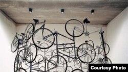 "Instalación ""Forever Bicycles"", del artista chino Ai Weiwei."