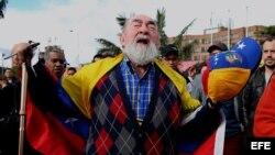 Venezolanos residentes en Colombia protestan contra la elección de la Asamblea Nacional Constituyente.