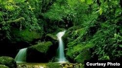 Salto de agua en Cuba
