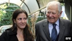 Rosa María Payá junto al visita al expresidente de Chile Patricio Aylwin.