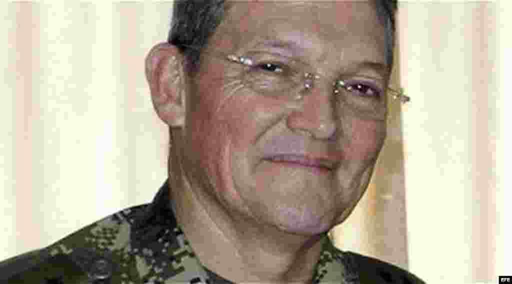 Fotografía sin fechar del brigadier general Rubén Darío Alzate, comandante de la Fuerza de Tarea Titán, secuestrado en el departamento del Chocó por las FARC.