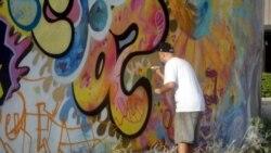 Continúa en prisión grafitero cubano conocido como el Sexto