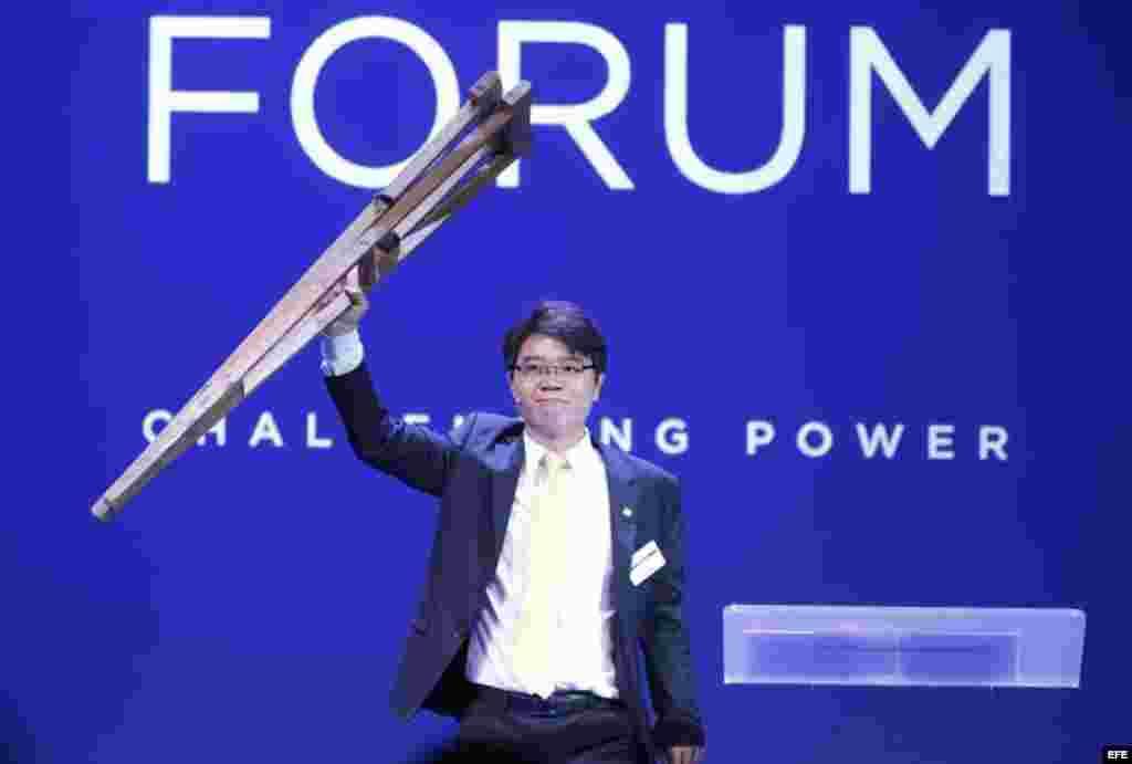 Ji Seong-ho, escapó de Corea del Norte desde el 2006, interviene en un foro sobre la libertad en Oslo, Noruega (26 de mayo, 2015).