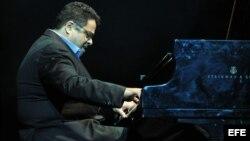 Fotografía de archivo del músico estadounidense Arturo O'Farrill en un concierto en La Habana (Cuba).