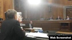 Debate sobre la efectividad de las nuevas políticas hacia Cuba.