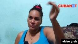 La enfermera intensivista Rosa María Núñez Maldonado explica por qué cree que su hija falleció víctima del dengue hemorrágico y no de lo que le hicieron creer en el Hospital Salvador Allende, de La Habana.