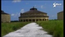 Pantalla Indiscreta   Presidio Modelo, Isla de Pinos, Cuba