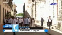 Reyes de España se reunieron con cubanos en la embajada de España en la isla
