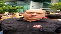 El abogado José Amalio Graterol en la protesta ante el Consulado venezolano en Miami este 20 de mayo.