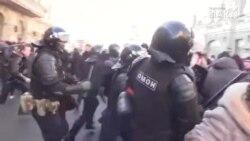 Miles de manifestantes protestan en Rusia para la liberación de Alesky Navalny