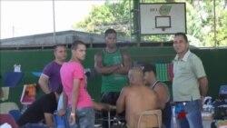 Migrantes cubanos en Costa Rica: unos esperan en refugios; otros en hoteles