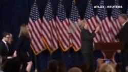 Hilary llama a los suyos a dar una oportunidad a Trump para gobernar