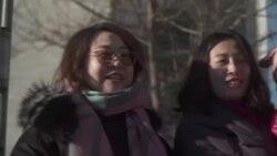 Mujeres en China se rapan la cabeza en reclamo de justicia